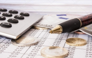 depositphotos_12725335-stock-photo-money-bills-and-calculatoraccountingshallow-depth